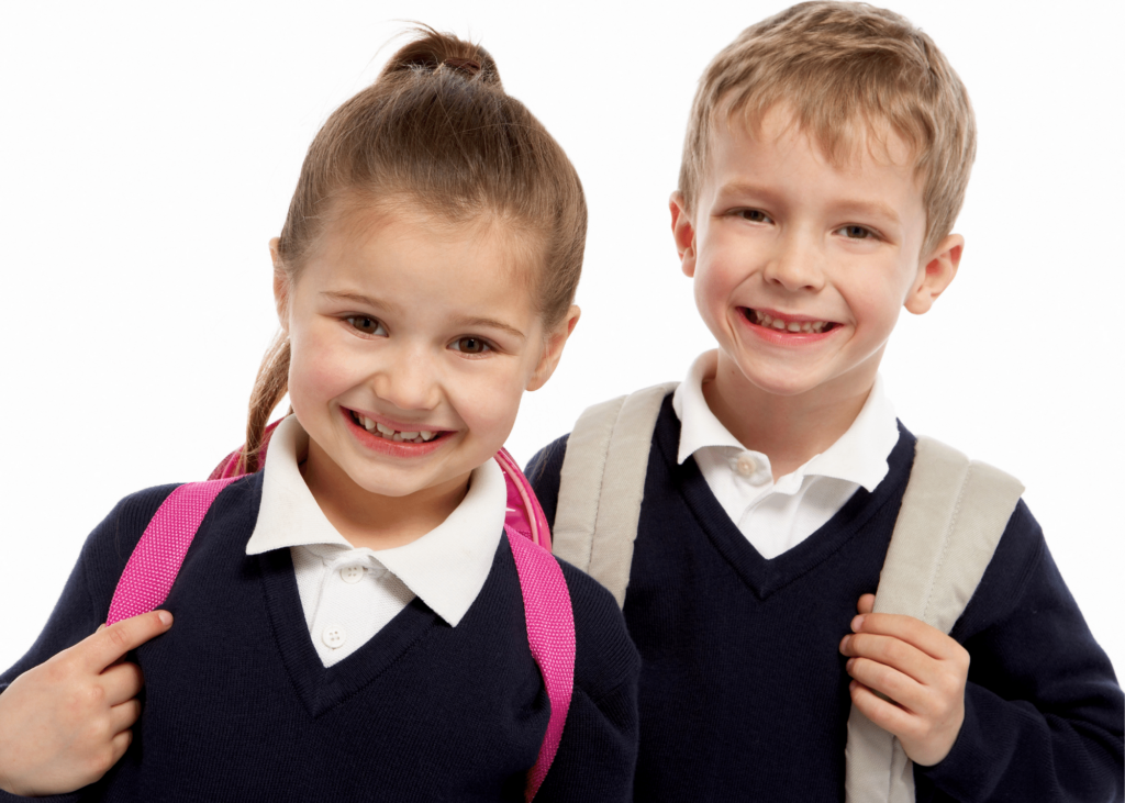 Aprenda a tirar manchas do uniforme das crianças